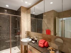 Waterside-405-Barbados-vacation-rental-bathroom