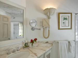 Waverley villa Barbados bathroom