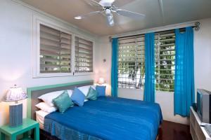 Whitecaps villa master bedroom