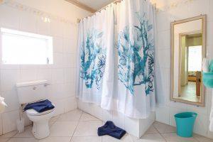 aquamarine-barbados-beach-house-rental-bathroom