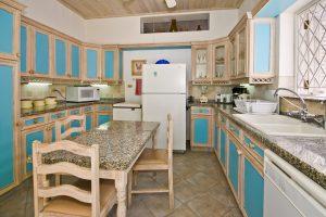 aquamarine-barbados-beach-house-rental-kitchen
