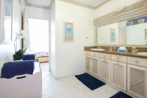 aquamarine-barbados-beach-house-rental-master-bath