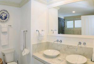 aurora-villa-rental-barbados-bathroom