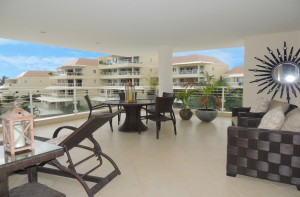 palm-beach-405-vacation-rental-barbados-patio