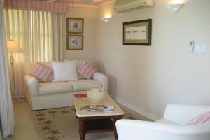Nautilus Barbados vacation rental living room