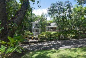 bluff-cottage-villa-rental-barbados-exterior
