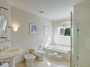 bohemia-villa-rental-barbados-bathroom