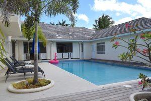 ca-limbo-villa-pool-rear
