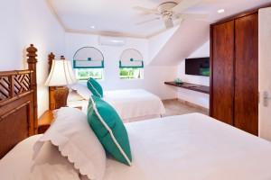 cherry-red-barbados-vacation-villa-rental-bedroom