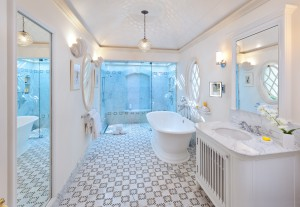 crystal-springs-villa-Barbados-bathroom
