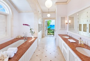 Gardenia villa master bathroom