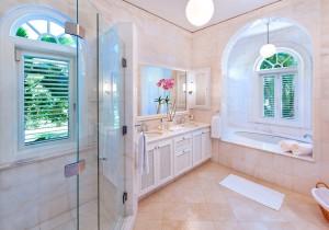 Gardenia villa bathroom 1