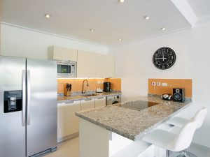 glitter-bay-308-barbados-rental-kitchen