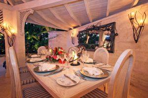 harmony-house-villa-barbados-diningtable