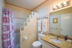 indramar-nautilus-vacation-rental-barbados-bathroom