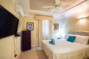 indramar-nautilus-vacation-rental-barbados-bedroom