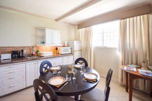 indramar-nautilus-vacation-rental-barbados-kitchen