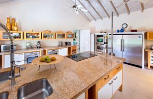 jamoon-vacation-villa-rental-barbados-kitchen