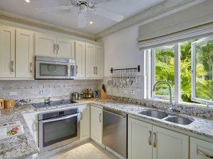 jasmine-villa-rental-kitchen