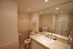jessamine-villa-rental-barbados-bathroom