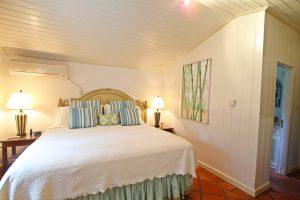 little-seascape-barbados-bedroom