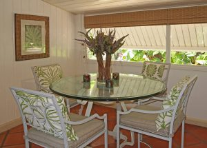 little-seascape-vacation-rental-Barbados-dining