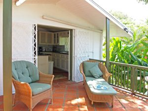 little-seascape-vacation-rental-Barbados-patio