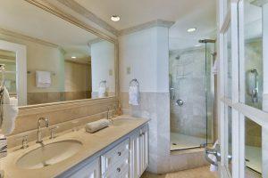 maxwell-beach-villas-barbados-501-bathroom
