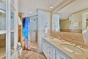 maxwell-beach-villas-barbados-503-bathroom