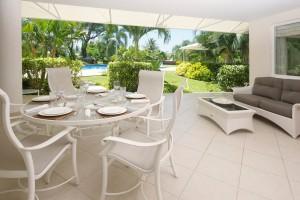 Palm-Beach-110-Barbados-holiday-rental-patio
