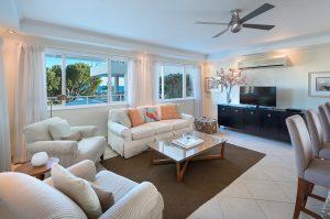 palm-beach-408-barbados-livingroom