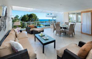 palm-beach-408-barbados-patio