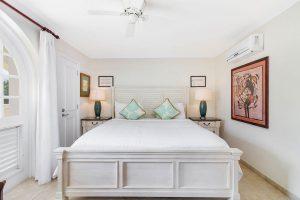 sapphire-beach-102-barbados-rental-bedroom