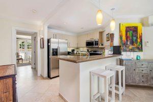 sapphire-beach-102-barbados-rental-kitchen