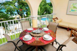 sapphire-beach-109-balcony-dining