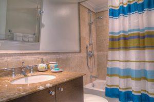sapphire-beach-211-barbados-rental-bathroom