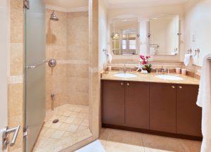 sapphire-beach-307-barbados-rental-bathroom