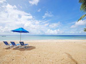 schooner-bay-112-moonshine-barbados-vacation-rental-beach