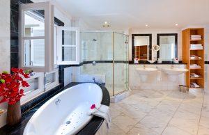 schooner-bay-207-barbados-bathroom