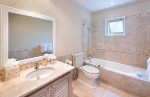 stanford-house-villa-rental-barbados-bathroom