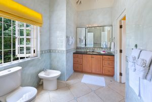 sundown-villa-rental-barbados-bathroom