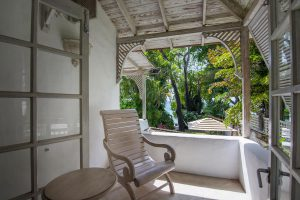 waverley-villa-rental-barbados-bedroom2-balcony
