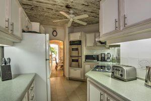 waverley-villa-rental-barbados-kitchen