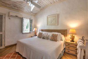waverley-villa-rental-barbados-bed3