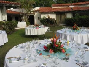 Wedding dinner table