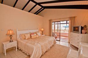 west-we-go-barbados-holiday-villa-rental-bedroom