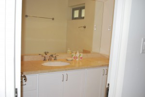 Palm Beach Condos 109 bathroom 2