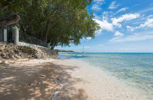 Heronetta-villa-rental-Barbados-beach