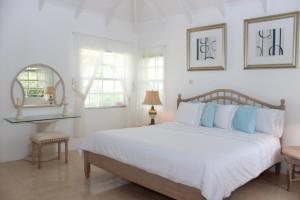 mount-standfast-plantation-19-villa-rental-bedroom