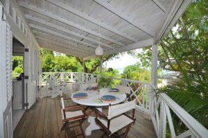 Tamarind Cottage patio
